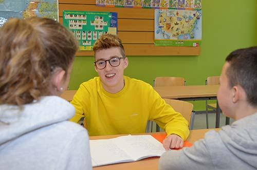 """Wiederaufnahme von """"Schüler helfen Schülern"""" - online"""